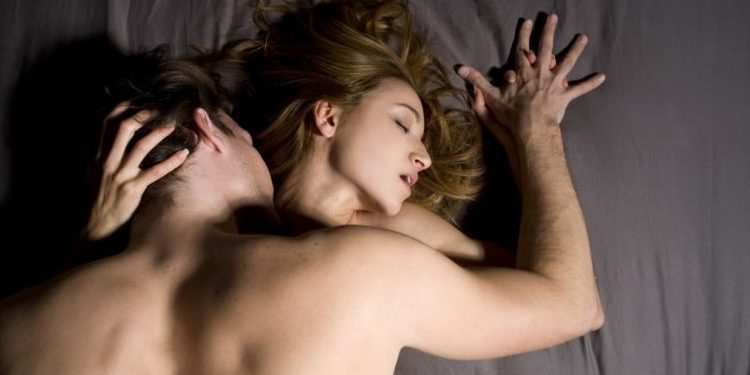 Moments That Basically Sum Up Your foreplay Experience