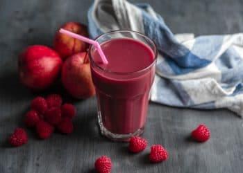 5 Essential Fruit Juices for Men