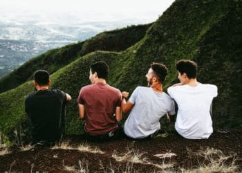 5 Reasons you should be reconnecting with your Old High School Friends
