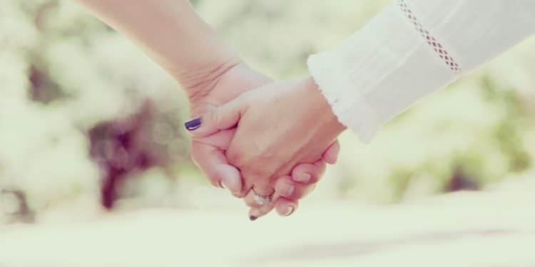 10 Simple Things Women Need in A Relationship
