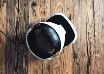5 VR Systems You Need in Your Home