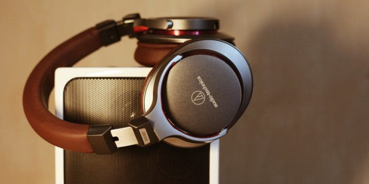 Why Bluetooth Sports Headphones are so convenient