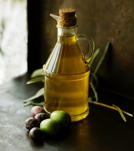 Olive oil helps in keeping the liver healthy.