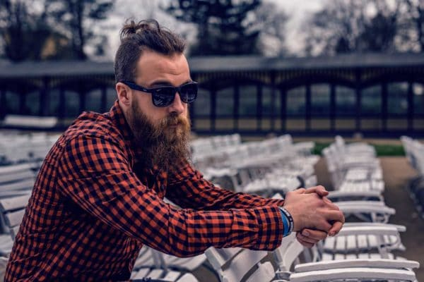 Owning a flannel is one way to achieve chic hipster style for men.