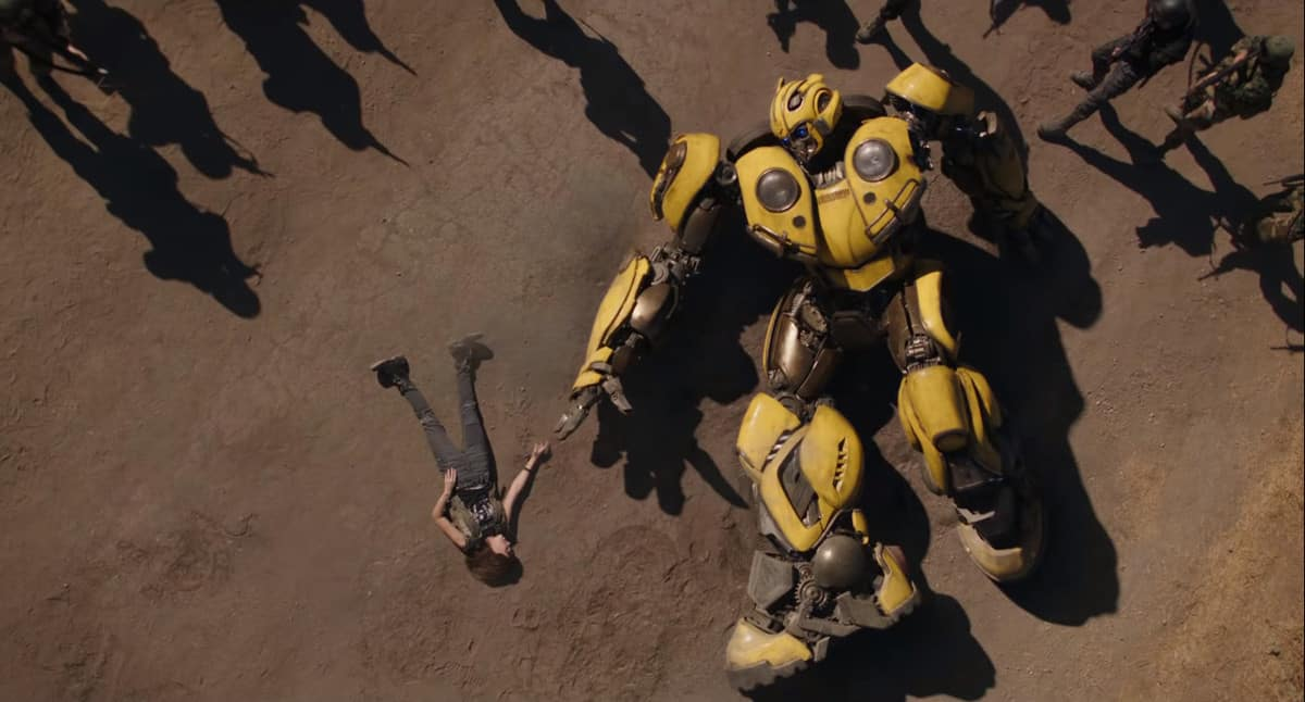 Bumblebee and Charlie are caught by the US Government (Image Credits: Paramount Pictures / Hasbro)