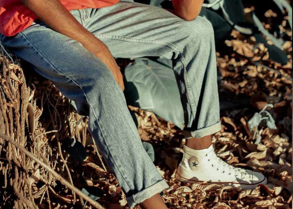 Not sure how else could you style your jeans? Here are some ideas