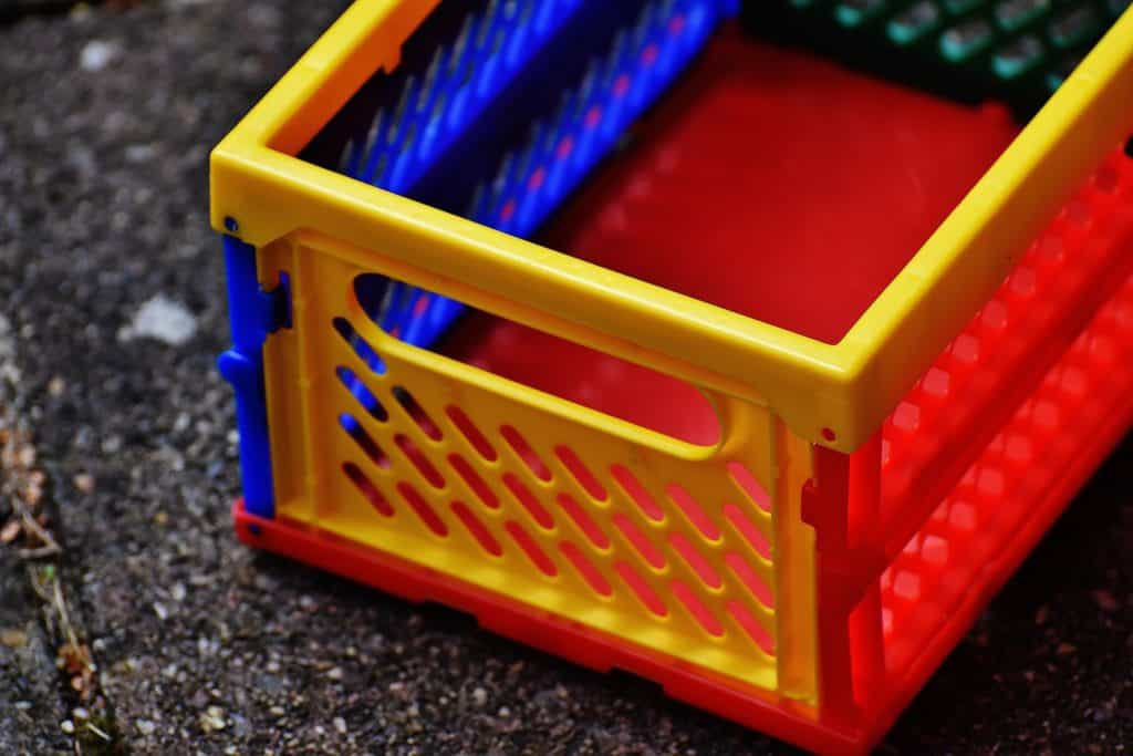 Plastic crates come in all shapes and sizes so make sure you get one sized for your everyday item needs (Image Credits: Alexas_Fotos / Pixabay)