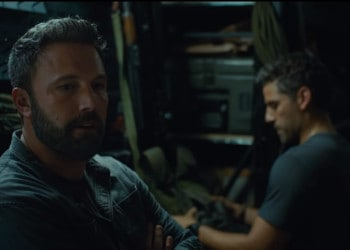 Ben Affleck's Tom Davis briefing the team before their operation in Triple Frontier (Image Credits: Atlas Entertainment / Netflix)