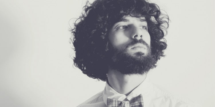 7 Hairstyle Ideas for Men with Curly Hair