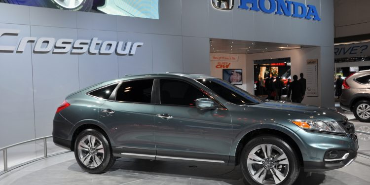 9 Reasons Why the Honda Crosstour got Discontinued